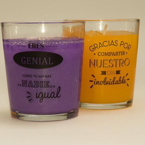 vela-coloreada-perfumada-en-vaso-de-cristal